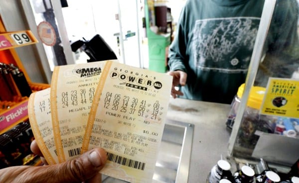 Powerball and Mega Millions both cross a $100.000.000 mark