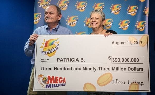 $393.000.000 Mega Millions jackpot collected by a woman from Illinois