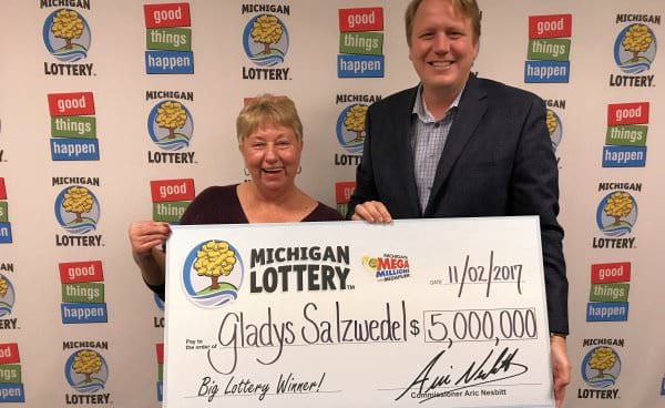 Saginaw County woman moved to tears after a $5.000.000 Mega Millions win