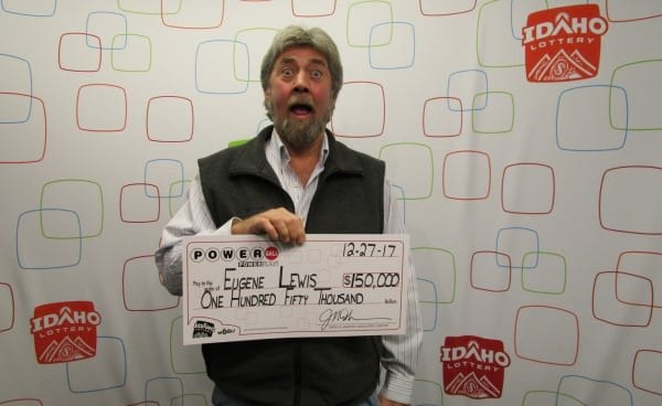 Trip to Foo Fighters concert leads to $150.000 Powerball win