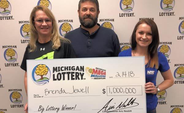 Michigan woman feels shaky and sick after learning that she won $1.000.000