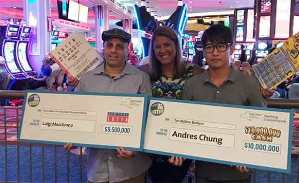 Queens resident hits $9.500.000 jackpot after two decades of playing